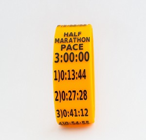 Half Marathon Paceband 3:00 Orange/Black